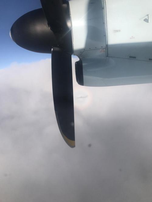 イエローナイフへの移動は、プロペラ機!<br />今年もブロッケン現象が見えました。