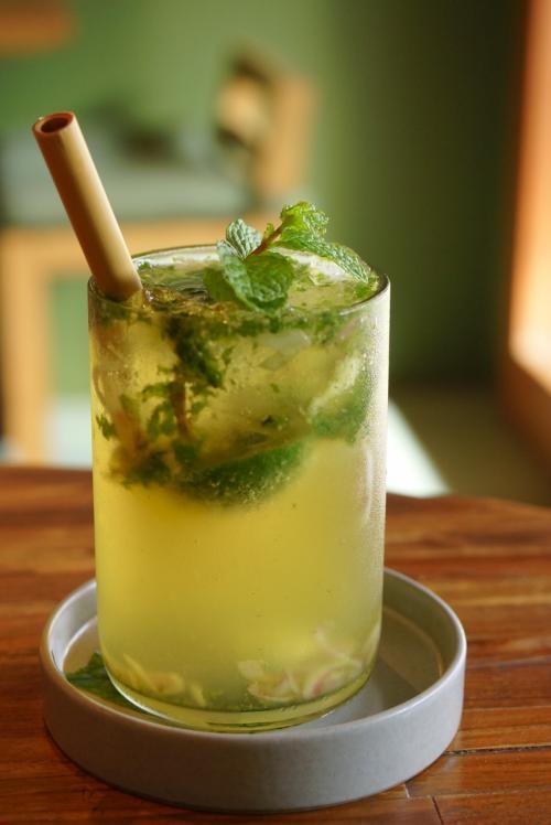 レモングラスやミントのグリーンティー、さっぱりすっきりいい香り。