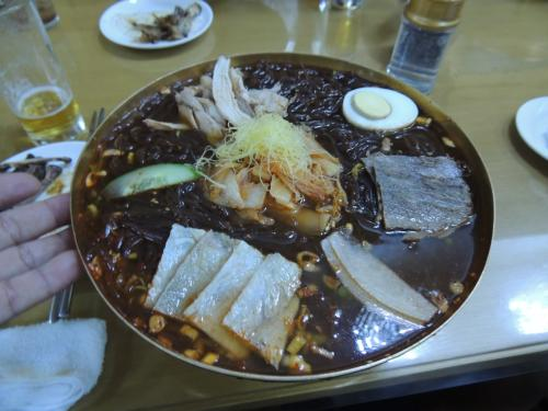 北朝鮮人気№1冷麺店の玉流館の冷麺です!<br />この味は忘れなれません!