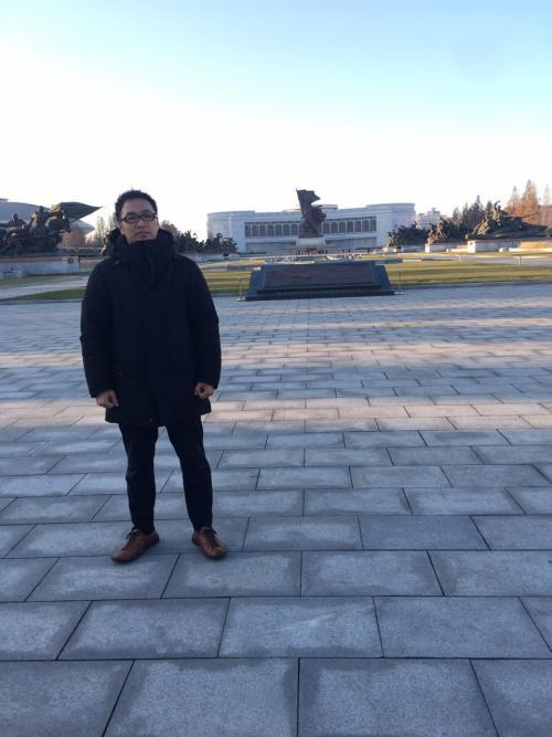 祖国解放戦争勝利記念館の広場<br />ここに来たら、当時の戦争のすさまじさが伝わりました。