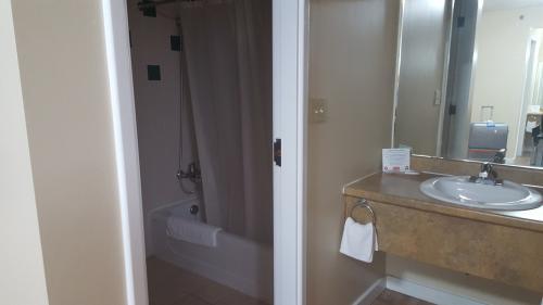バストイレ洗面が部屋に2つずつあったのでお風呂も朝の準備もかなり時間短縮で助かりました
