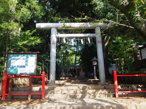 まず向かったのが菅原神社