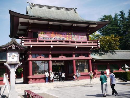 〔笠間稲荷神社〕<br />朝から結構な人が訪れていました。
