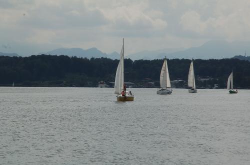 幾艘ものヨットが見えた。
