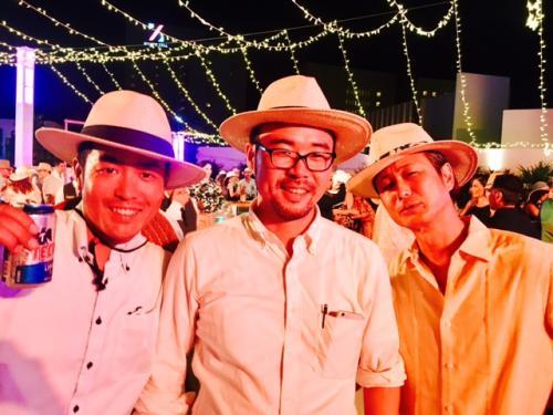 中央はHISのカンクン支店長のウツミさん、左は弊社ダイブイントラの藤本。<br /><br />皆に帽子をかぶらされていますが、これが今回のコンセプトだそうです。<br /><br />さて、一体どうなるのか、楽しみにしていてくださいね!