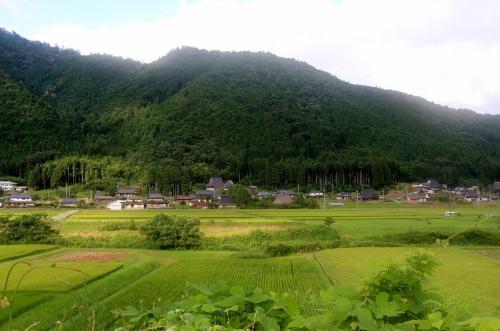 12号線 美山町<br /><br /> 風光明媚な土地ですね・・・サイクリングにも丁度良い・・・緑の山々が、目に優しい・・・
