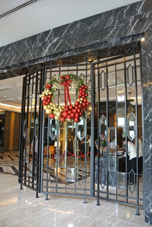 ホテル内はまだまだクリスマスムード。