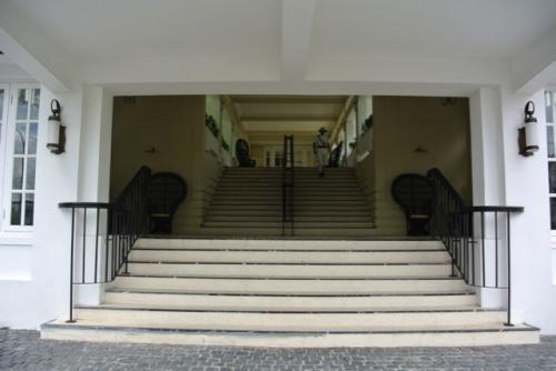 こちらは旧館の方の入り口です。