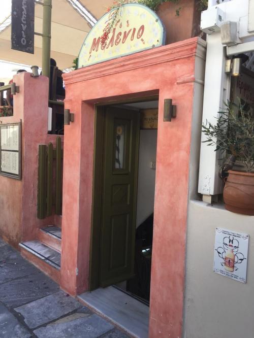 ☆Greece-Santorini-Oia★<br /><br />「イア」<br />とりあえずカフェに入る。なんとなくピンときたんやけど、このカフェがまた最高やった!