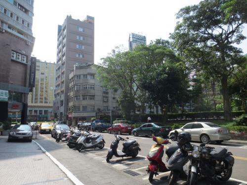 朝の台北、お散歩てくてく。