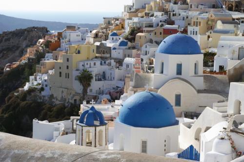 ☆Greece-Santorini-Oia★<br /><br />「イア」<br />ここも有名なポイント。<br />至る所が撮影ポイントやから歩きごたえがある。