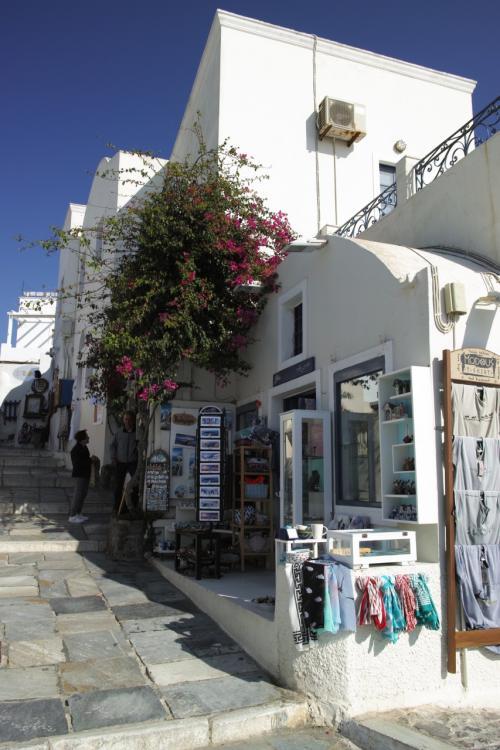 ☆Greece-Santorini-Oia★<br /><br />「イア」<br />青空に映える建物。<br />散歩してても気分は最高!