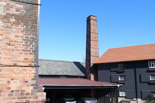 今は現役ではないそうだが・・・<br />レンガ煙突はあちこちで見ることができるが、多くは未整備で朽ちかけているものもある。