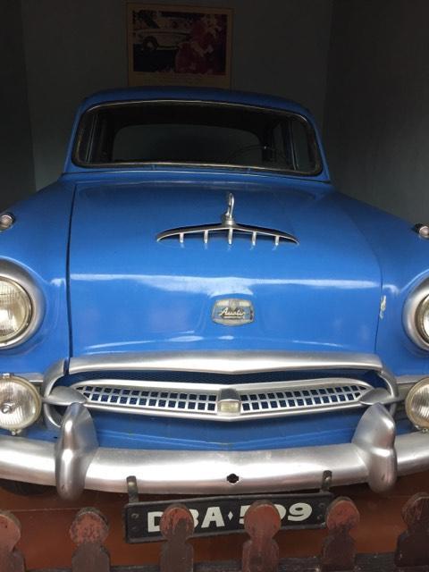 伝統的なクラシックカーが展示していました。