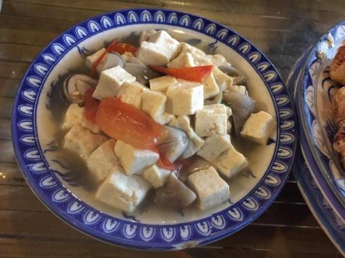 豆腐料理。ベジタリアンレストランでは豆腐は重要アイテムです。