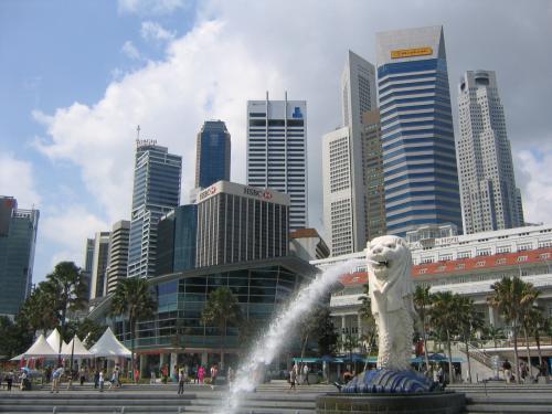 カンボジアへ行く前にシンガポール1日観光。植物園やタイガーバーム、ナイトサファリを訪れました。