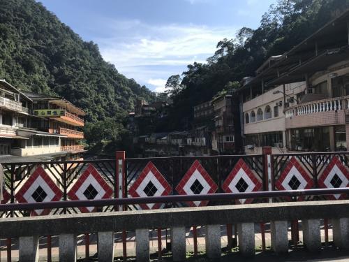タイヤル風の橋