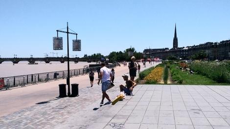 本当にのんびりと歩いて暑さにも負けずに<br />街歩きが楽しかったです。