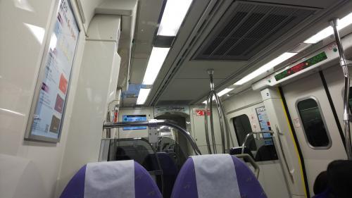 エクスプレスで台北駅へ<br /><br /><br />8時頃、台北駅に着いて朝ごはんを食べるため善導寺駅へ<br />フーハンドウジャへ向かいました<br />行列ができるとは聞いていたけどアトラクション待ちみたいに想像越える行列!!凄いですね外まで並んでいました<br /><br />すぐ諦めて西門駅に向かいます<br />
