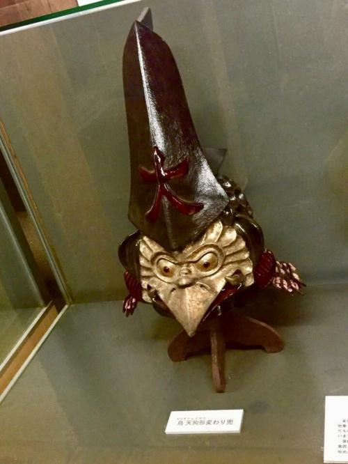 丸亀城に展示されていた天狗の兜。<br />かぶってみたい(笑)