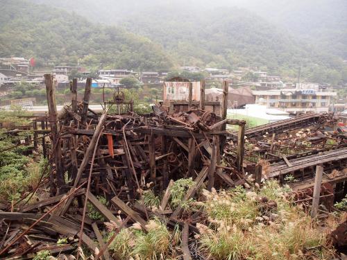 なんかスゴイ!!<br /><br />炭鉱跡というよりなんか廃墟っぽい