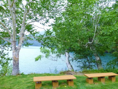 NHKの朝ドラ「マッサン」で、マッサンがエリーにプロポーズするシーンは、この然別湖の湖畔で撮影されたそうです。