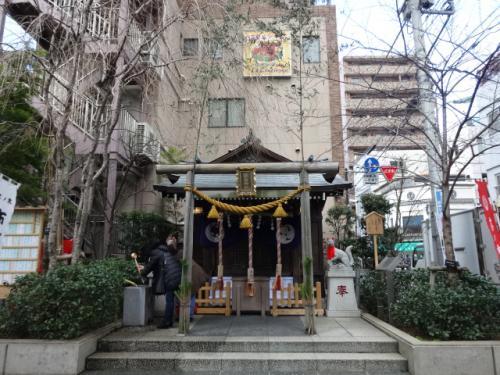 茶の木神社<br /><br />こちらは参拝する人少ないかった??<br /><br />時間が昼時だからかな