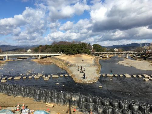 賀茂川と高野川の合流地点です♪<br /><br />工事中で景観がちょっと残念でした(涙)