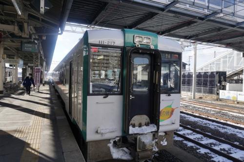 小牛田駅に到着。<br />東北本線は混んでいた(東北基準)ので、<br />一関方面はやめた(´・ω・`)<br />のんびり沿岸部を目指しましょう。