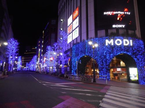 渋谷の街はブルーのイルミ☆彡