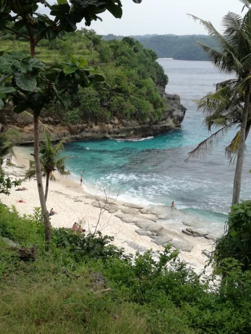 チュニガン島でのお目当てはヴィラトレバリーのある<br />Secret beach<br />https://goo.gl/maps/QKBsqWczCZ92<br />