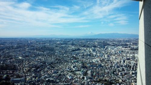 ぐるっと回っても富士山!w<br />人はそれほど多くないので見やすいです。