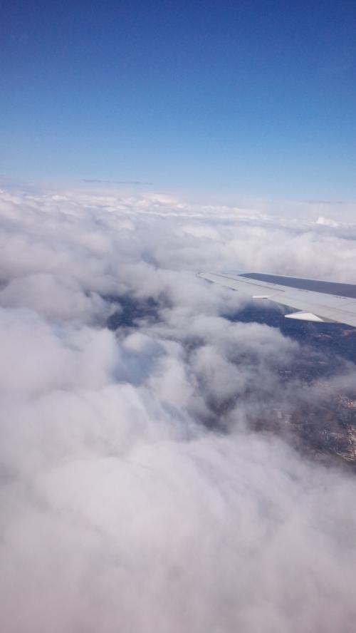 あっという間に雲の上に。