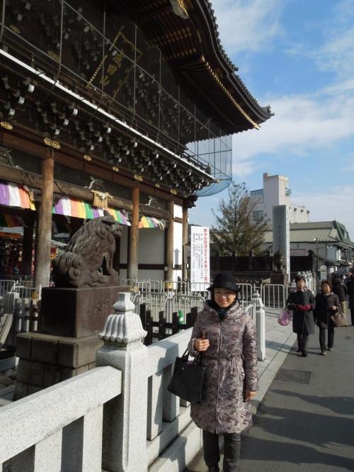 ついに新勝寺総門に到着です。 立派です!