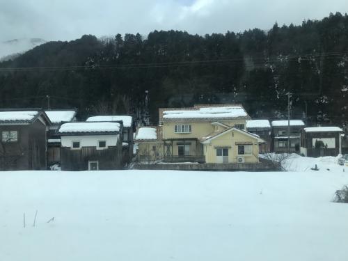 途中、雪景色が広がりました!越前らへんでしょうか