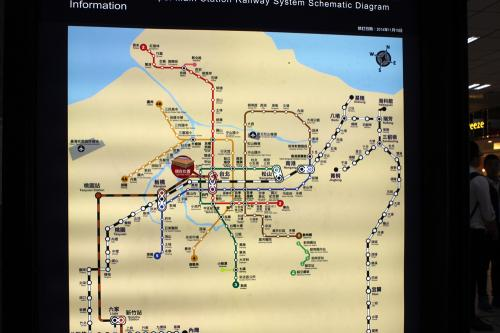 近郊の路線図で基隆の場所を確認。