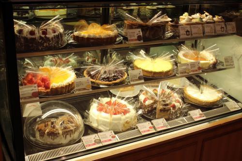 初めて台北に来た頃のケーキはお世辞にも美味しいとは言えませんでしたが<br />最近のレベルの高さは驚かされます。
