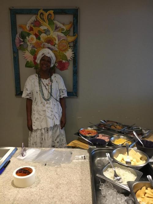 朝食は、彼女がタピオカや、オムレツを焼いてくれました。