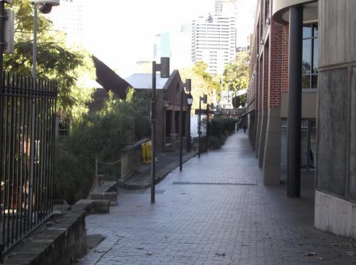 「ロックス」には、雰囲気の良い通りが多いです。