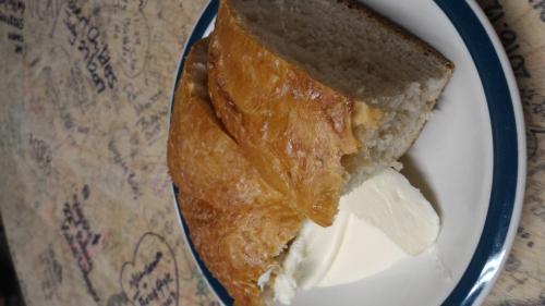 さっそく、手作りパンが何も言わずともでてきました。