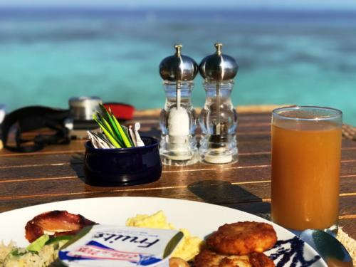 朝食もテラス席で、
