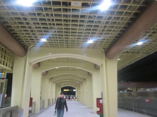 文湖線の開業は2009年、ということで、まだどの駅も新しい風情ですね。