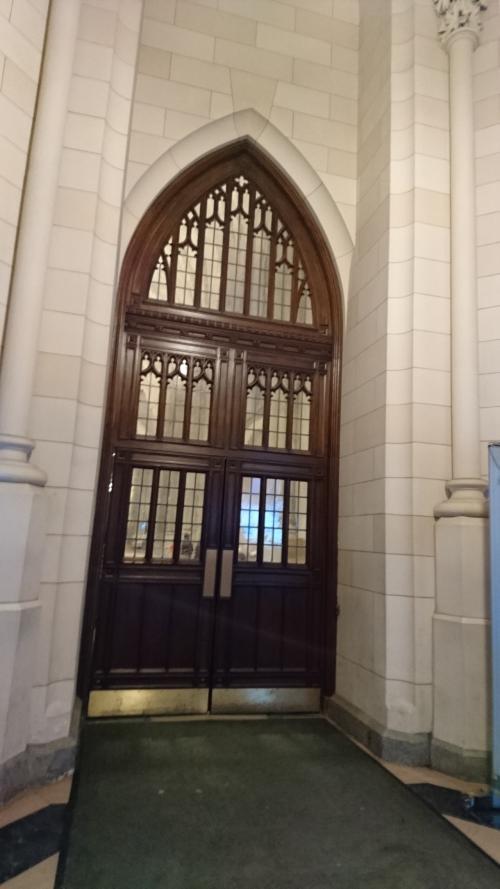 セントパトリック大聖堂<br />こちらの横から入ります。