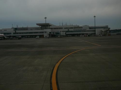そしてコンパクトの富士山静岡空港<br />気温は5℃ らしい・・気温差13℃