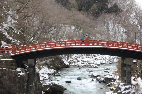 雪景色の神橋です。