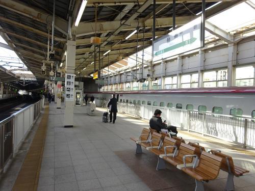 朝の新幹線で、仙台に着いた。<br />私は新幹線で仙台まで移動するときは、こまち号に乗る趣味があります(笑)