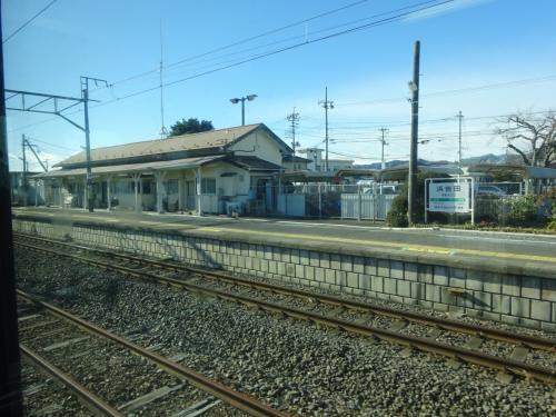 浜吉田駅。<br />震災後最初に訪れたときはここが暫定終着駅で、あのときは駅の周辺を散歩した。