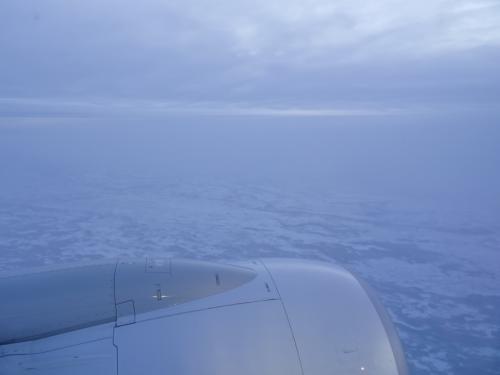 だんだん、凍りついた世界になってきました。