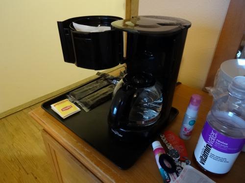 コーヒーも淹れられます。<br /><br />アメリカ人はコーヒー大好きだから、コーヒーには困らない日々になるかな?