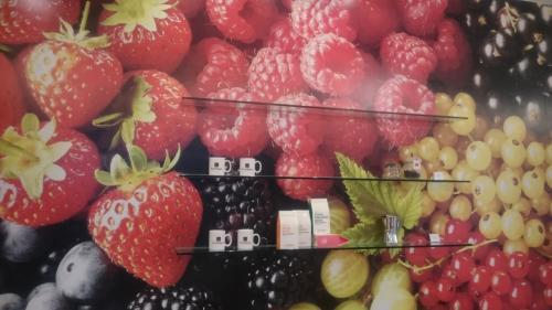 壁が美味しそうなフルーツです。<br />期待しちゃいます~(^O^)
